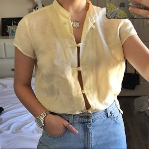 VINTAGE ✨ pale yellow knotted top